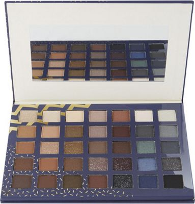 Q-KI Beauty Guru Eyeshadow Palette