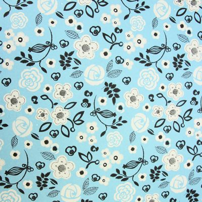 Rosehip Gift Wrap - Blue/White Flowers