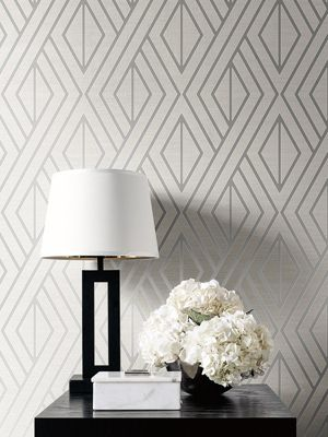 Geometric Wallpaper White and Silver UK30509 Pear Tree