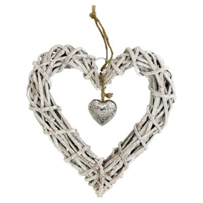 Nautical wicker hanging heart