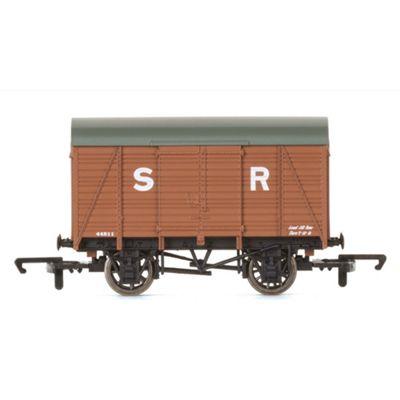 HORNBY Wagon R6775 SR 12ton Vent Van No 44811