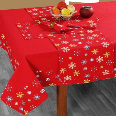 Homescapes Cotton Christmas Red Snowflake Tablecloth, 54 x 70 Inches