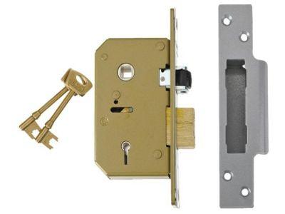 UNION 3K75 C Seriec 5 Lever Sash Lock 67mm Brass UNNV3K75PL67