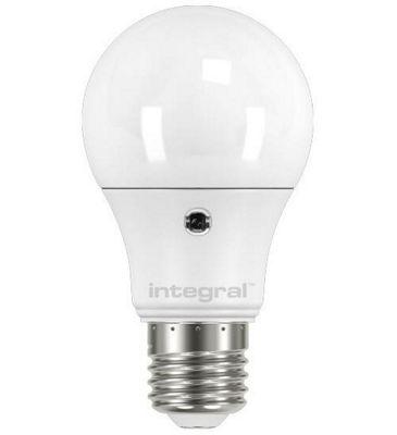 Integral LED Auto Sensor Classic Globe (GLS) 6.6W (40W) 5000K 510lm E27 Light Bulb