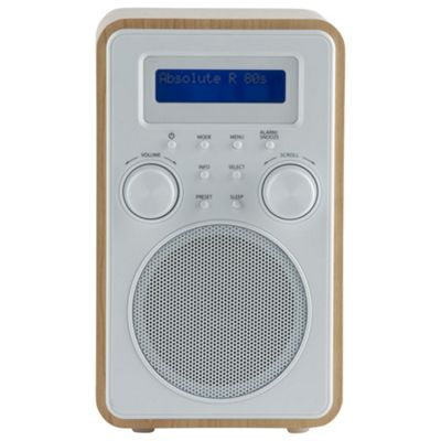 buy tesco dab fm radio wood white from our clock radio range tesco. Black Bedroom Furniture Sets. Home Design Ideas