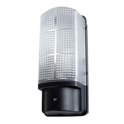 Griffin Outdoor IP44 Bulkhead Wall Light Fitting with Dusk til Dawn Sensor