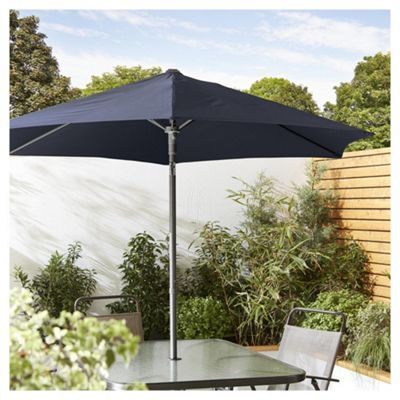 buy tesco tilting garden parasol in mesh bag navy. Black Bedroom Furniture Sets. Home Design Ideas