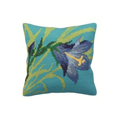 Collection D Art Wild Lily Cushion Kit