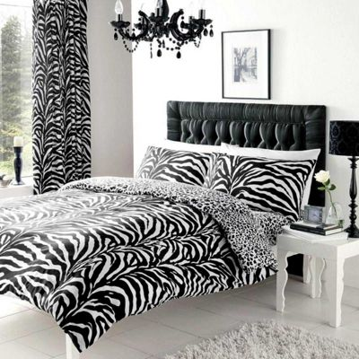 Zebra and Leopard Print King Size Reversible Duvet Cover Set