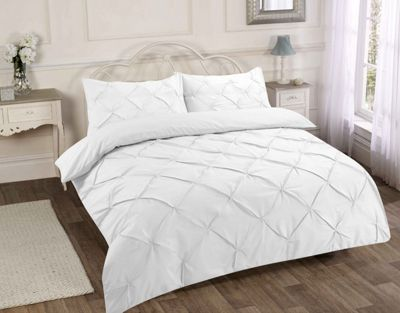 Pintuck duvet cover and pillowcase set - white - double