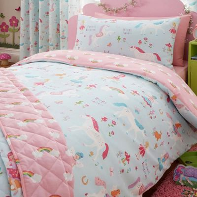 Unicorns and Rainbows Toddler Bedding