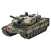 Revell 03243 Leopard 2A5/A5NL (1:35 Scale) - Construction