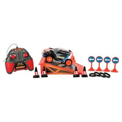 New Bright 1:36 Radio Control Gymkhana Drift Racers Playset