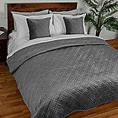 Homescapes Luxury Dark Grey Quilted Velvet Bedspread Geometric Pattern 'Paragon Diamond' Throw, 250 x 260 cm