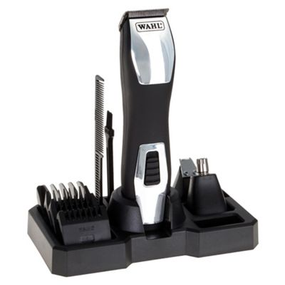 Wahl Groomsman Mens 3 in 1 Pro Ear, Nose Hair and Beard Trimmer - Silver