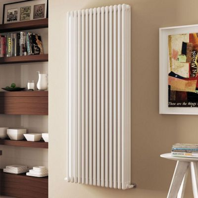 Modus 4 Column Italian Radiator 750mm High x 1334mm Wide (29 Sections)