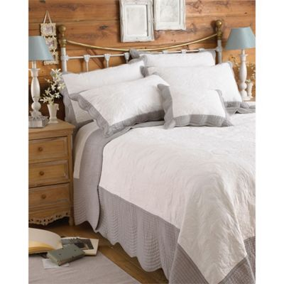 Riva Home Fayence White & Grey Bedspread - 195x260cm