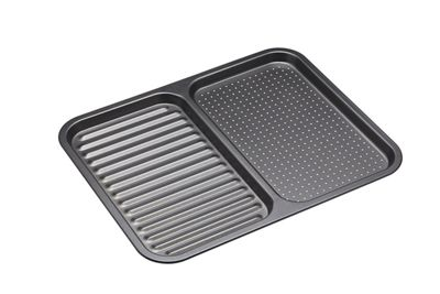 Master Class Non-Stick 2-in-1 Divided Crisping Tray / Ridged Baking Tray