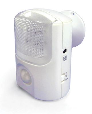 Lifemax Limited Portable LED PIR Night Light with Movement and Light Sensor