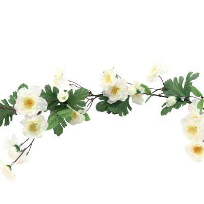 White Blossom Daisy Garland