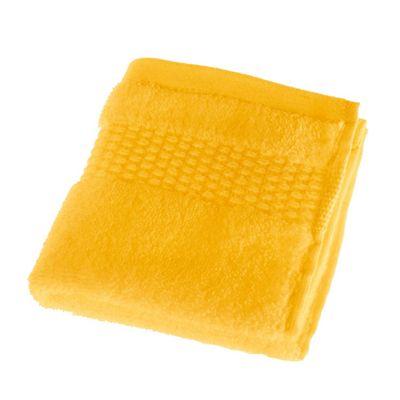 Homescapes Yellow Zero Twist 100% Portuguese Cotton 550 GSM Face Cloth