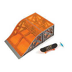 Hexbug Tony Hawk Circuit Boards - Roll In Ramp with Skateboard