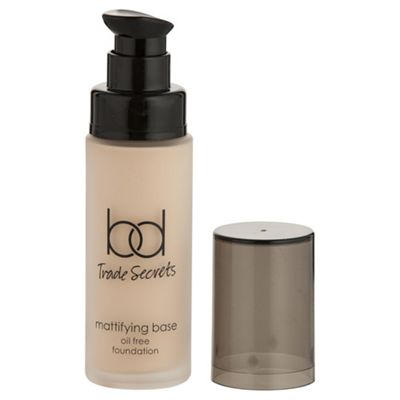 Bd Trade Secrets Mattifying Base Oil Free Foundation Nude - 2