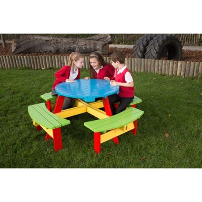 BrackenStyle Painted Primary School Round Picnic Table - 6-9 Years