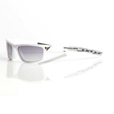 Fan Frames Newcastle United Junior/Teen Wrap Sunglasses - White