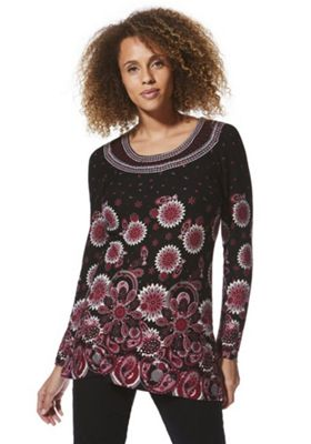Solo Embroidered Neck Paisley Tunic Black 16
