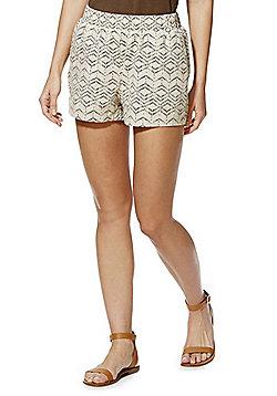 Vero Moda Dash Print Linen Blend Shorts - Beige