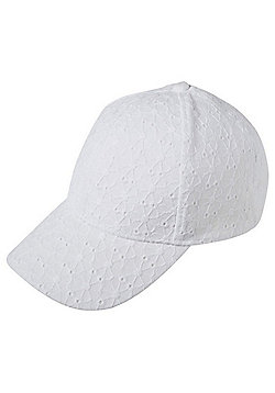 F&F Broderie Anglaise Cap - White