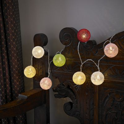 Battery-Powered 10 LED Cotton Ball String Lights