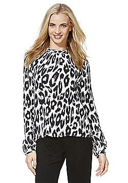 Vero Moda Rowena Leopard Print High Neck Blouse - Brown