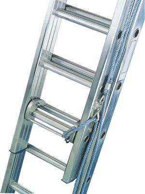 Industrial 5.2m (17.1ft) Rope Operated Triple Extension Ladder