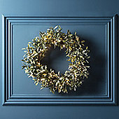 50cm Frosted Mistletoe Artificial Christmas Wreath with Micro Fairy Lights