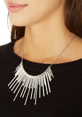 Pieces Sunburst Collar Necklace