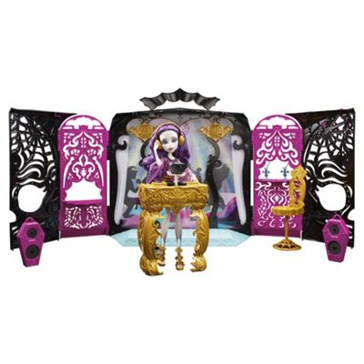 Monster High 13 Wishes Doll - Room Party & Spectra