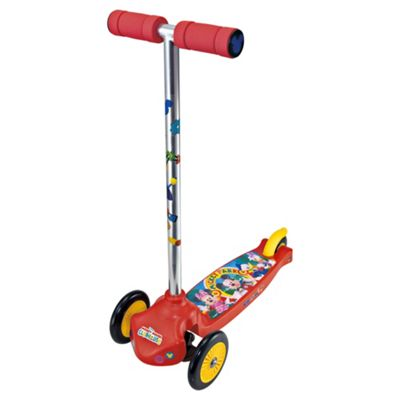 Disney Mickey Mouse Move N Groove Scooter