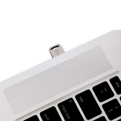 V7 VA332GX-2E 32GB NANO FLASH DRIVE USB3.0 110MB/S READ 10MB/S WRITE SILVER - (Storage > USB Memory Sticks)