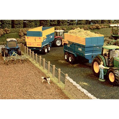 Brushwood Bt2094 Wide Tarmac Road - 1:32 Farm Toys