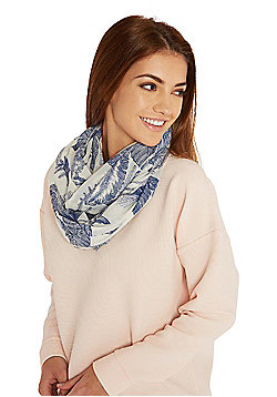 Pieces Palm Leaf Print Circle Scarf - Blue