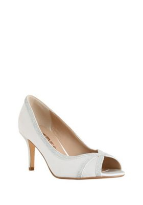 F&F Sensitive Sole Satin Peep Toe Heels Cream Adult 8