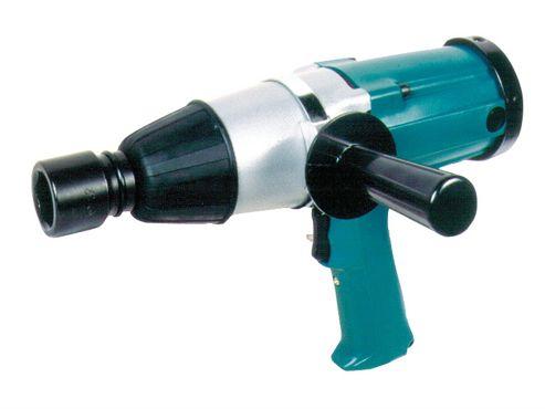 Makita 6906 3/4in Impact Wrench 800W 110V