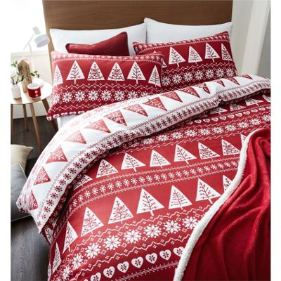 Catherine Lansfield Nordic Trees Red Christmas Duvet Cover Set - Single