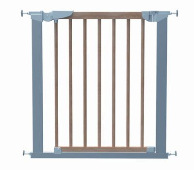 Babydan Avantgarde True Pressure Indicator Safety Gate in Silver and Beech