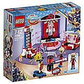 LEGO DC Super Hero Girls Harley Quinn™ Dorm 41236