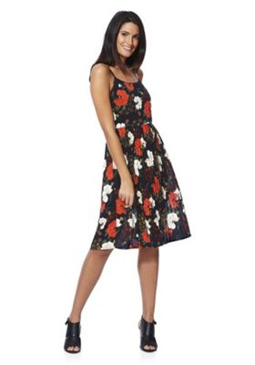 Yumi Floral Pleated Strappy Dress 10 Navy