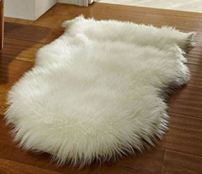 Faux Fur Sheepskin Rug in Cream - 60 x 90 cm