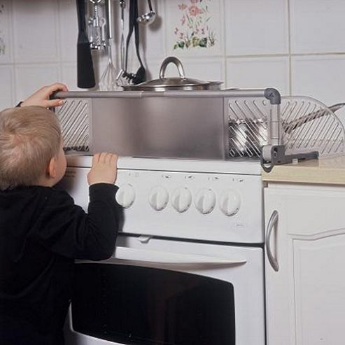Safetots Dual Purpose Stove Guard